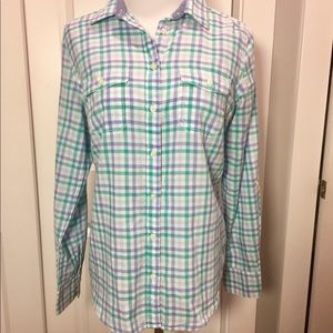 Small light weight summer plaid shirt size small